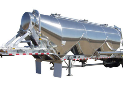 Pneumatic Tanker Trailer